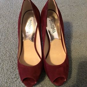 Michael Kors suede maroon heels size 7